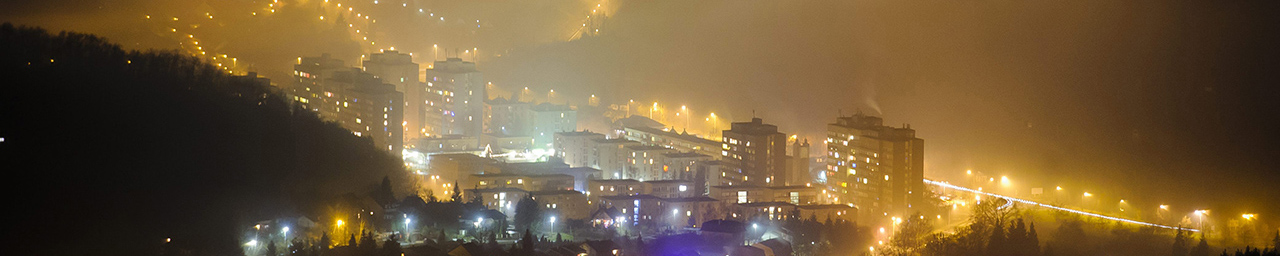Köd Salgótarján belvárosa felett 2013. december 29-én. MTI Fotó: Komka Péter